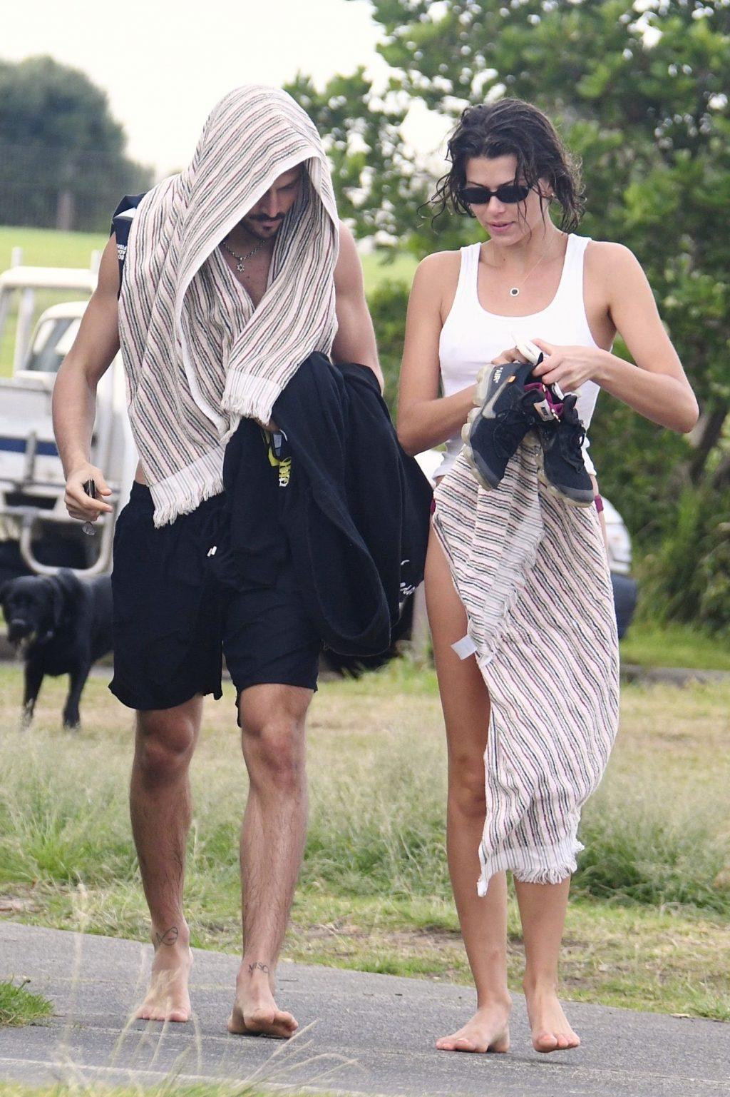 Georgia Fowler & Nathan Dalah Were Seen Walking Home (29 Photos)