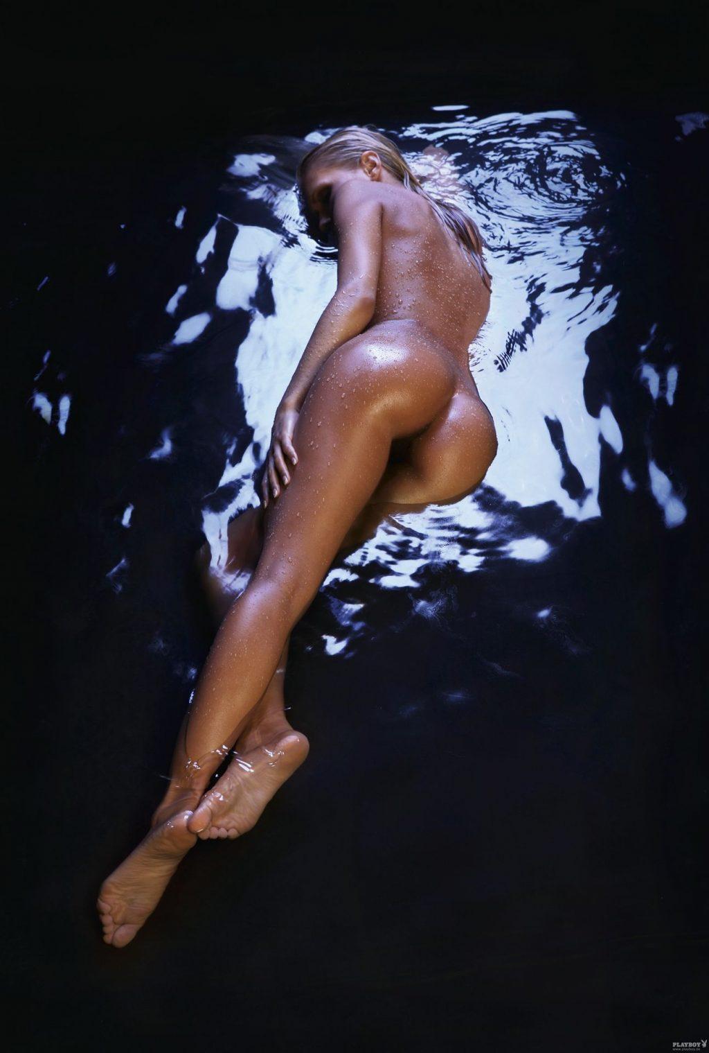 Juliane Raschke Nude (32 Photos)