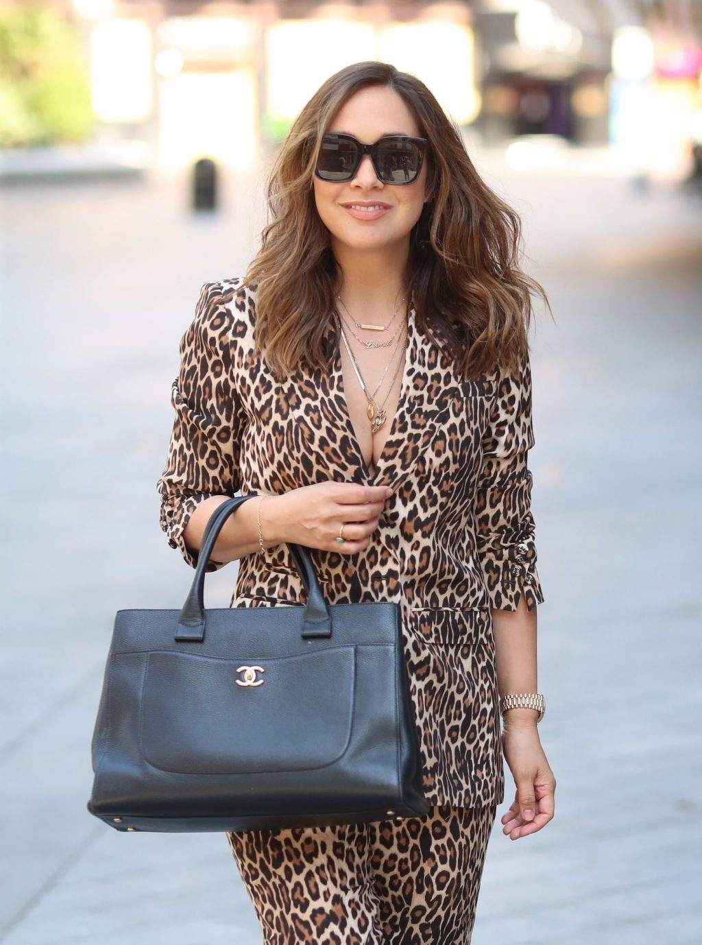 Sexy Singer Myleene Klass Is Pictured Arriving at the Global Studios (16 Photos)