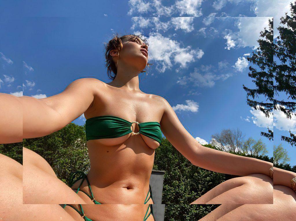 Bella Hadid's Underboob (4 Photos)
