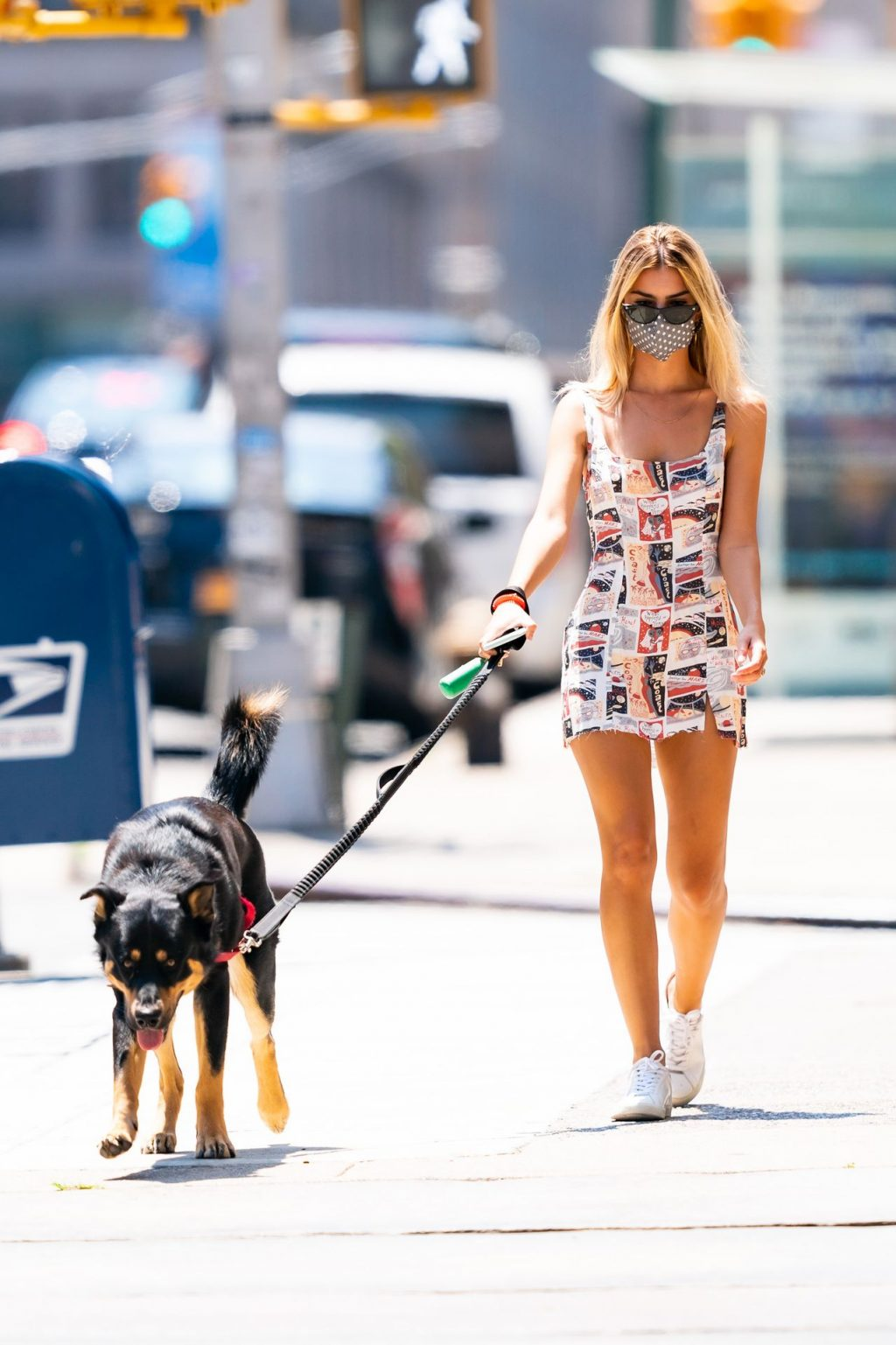 Emily Ratajkowski Steps Out For a Dog Walk in NYC (30 Photos)