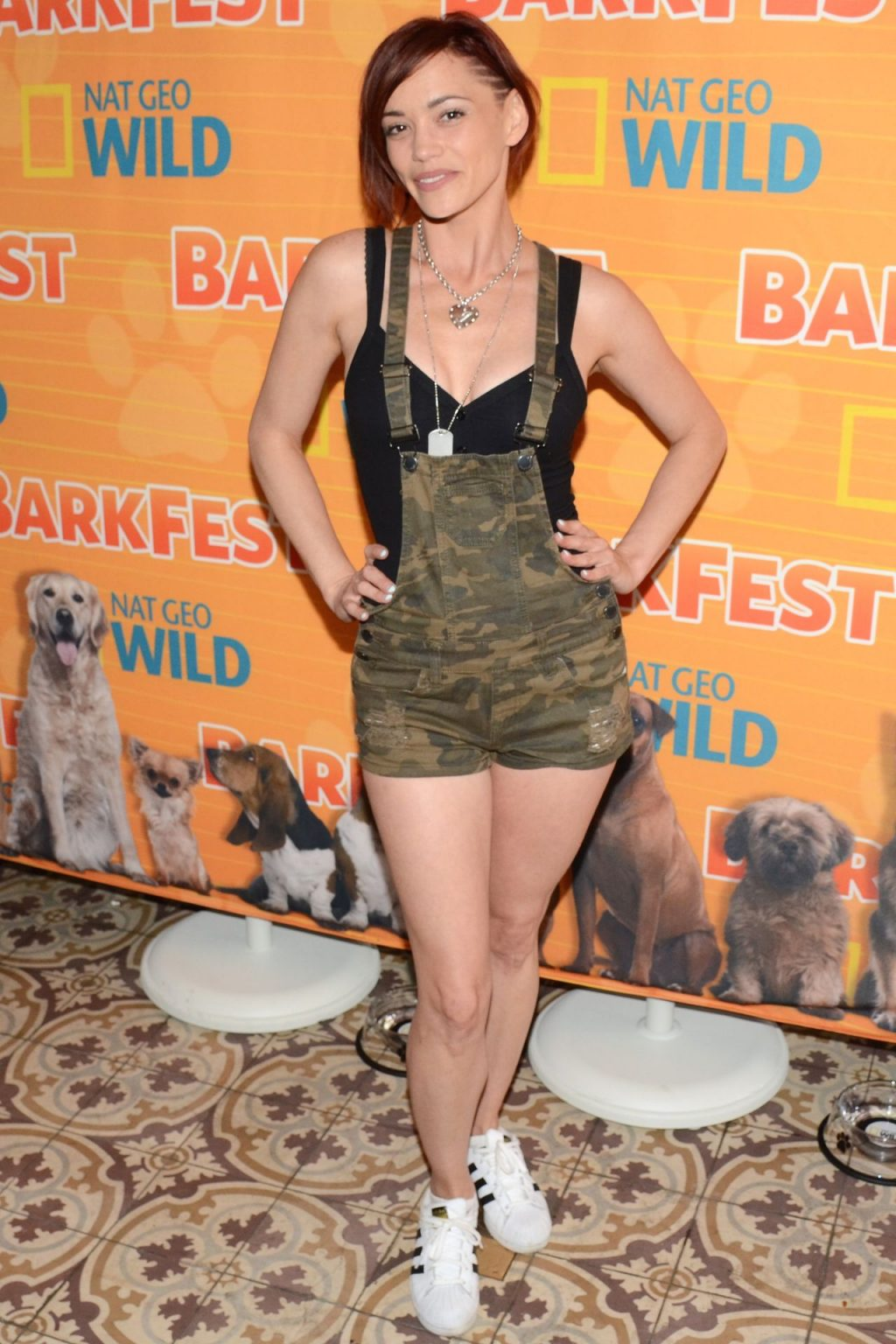 Jessica Sutta Looks Sexy at the Barkfest (4 Photos)