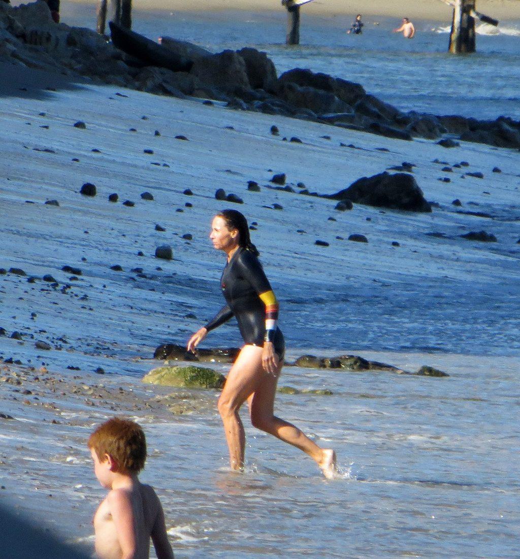Sexy Minnie Driver Is Swimming In Malibu (15 Photos)