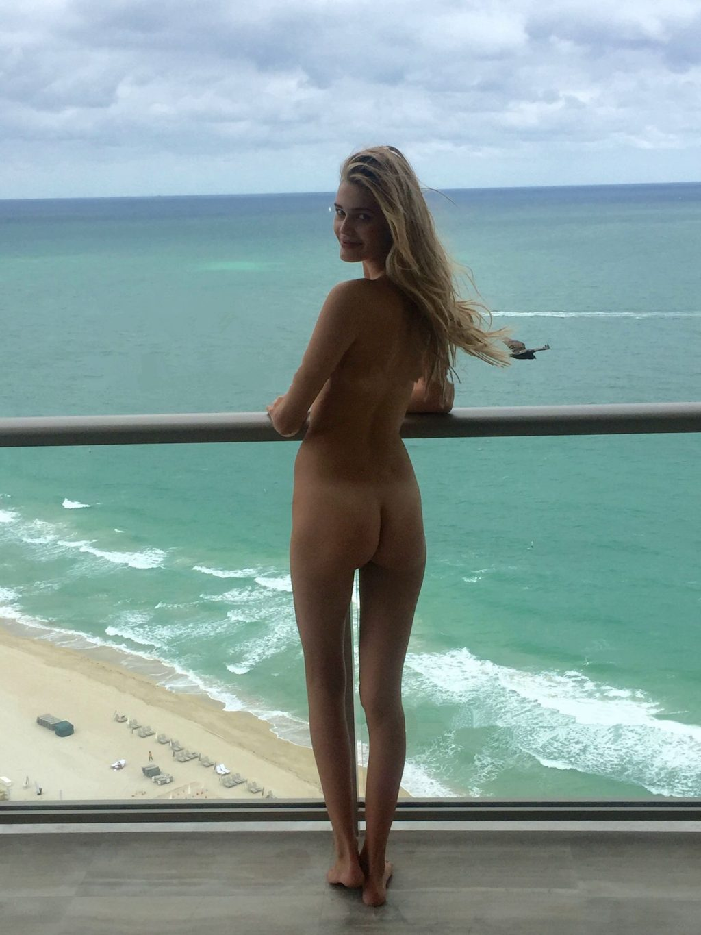 Noel Berry Nude & Sexy Leaked The Fappening (80 Photos)