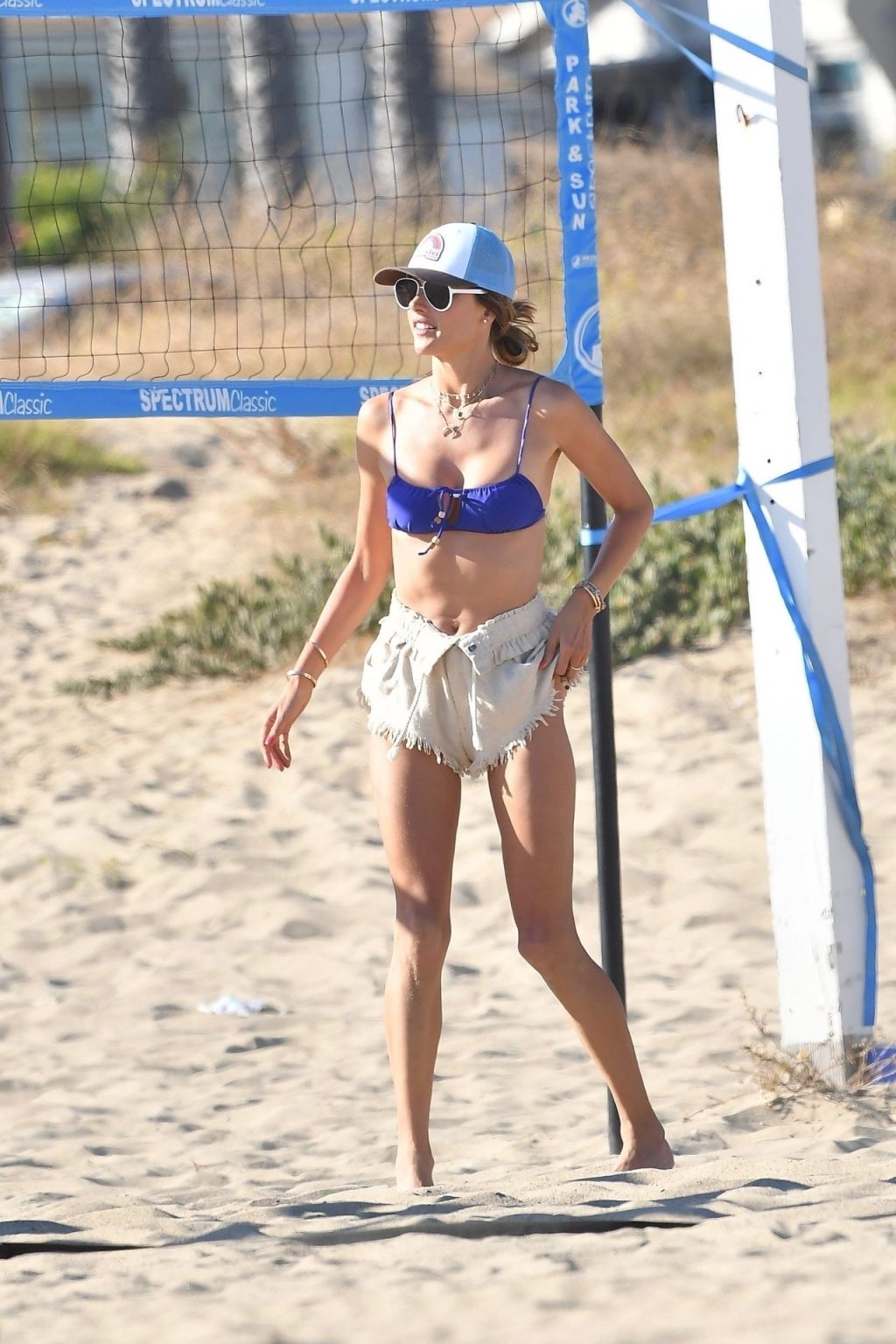 Sexy Alessandra Ambrosio Enjoys Another Day at the Beach (112 Photos)
