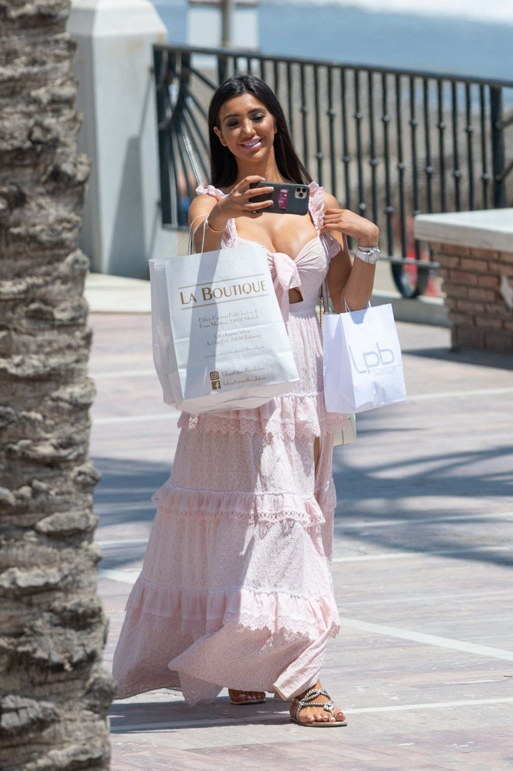 Chloe Khan Takes Selfies as She Enjoys the Sun in Marbella (15 Photos)