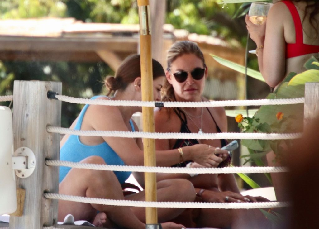 Imogen Thomas Parties at the Exclusive NAO Pool Club in Marbella (27 Photos)