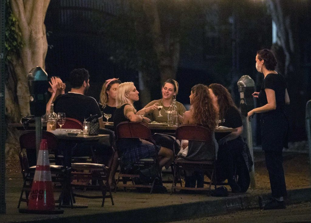 Kristen Stewart & Dylan Meyer Enjoy a Night Out With Friends in LA (50 Photos)