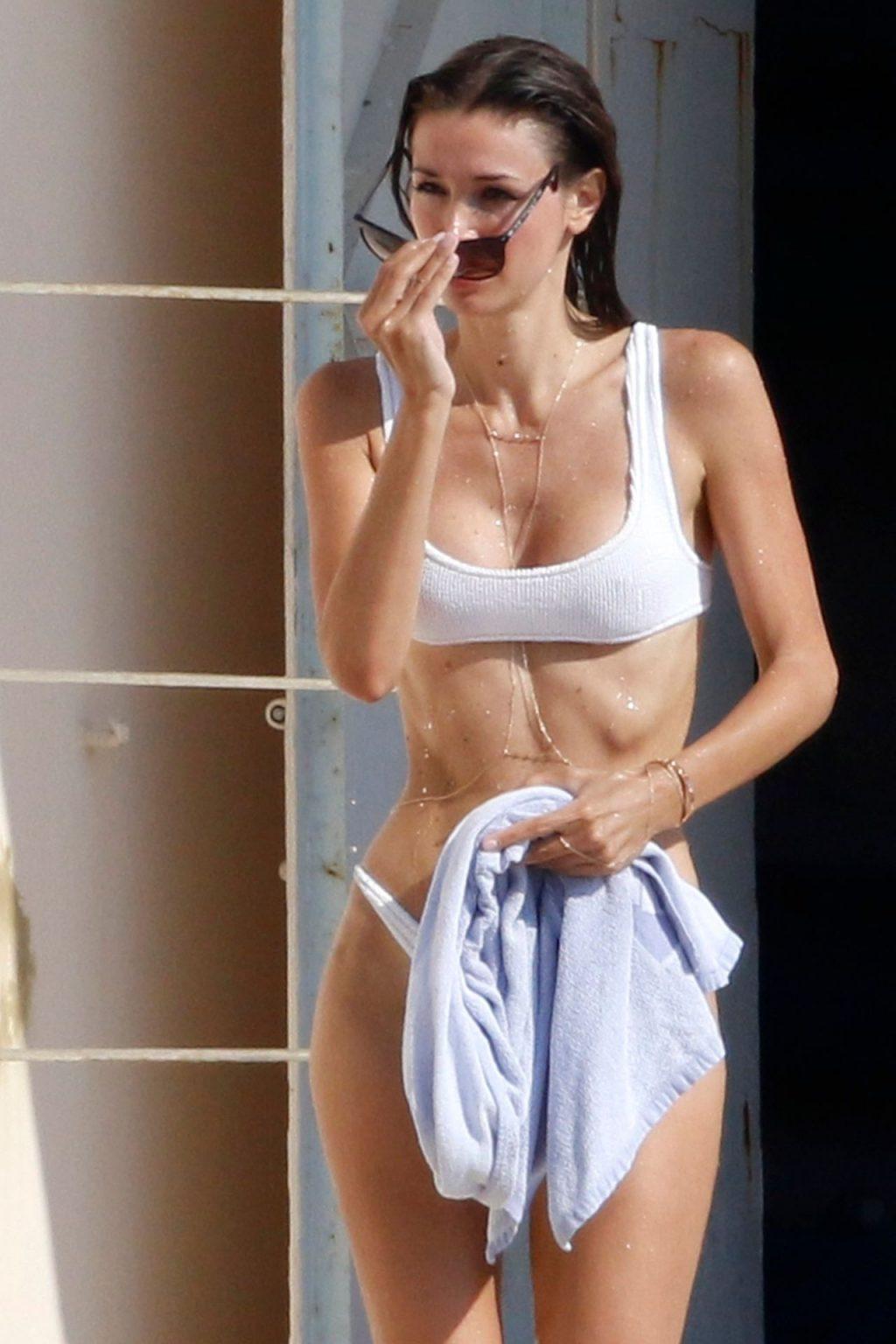 Adrien Brody's Ex Lara Leito Looks Great in a White Bikini While Soaking Up the Sun (55 Photos)