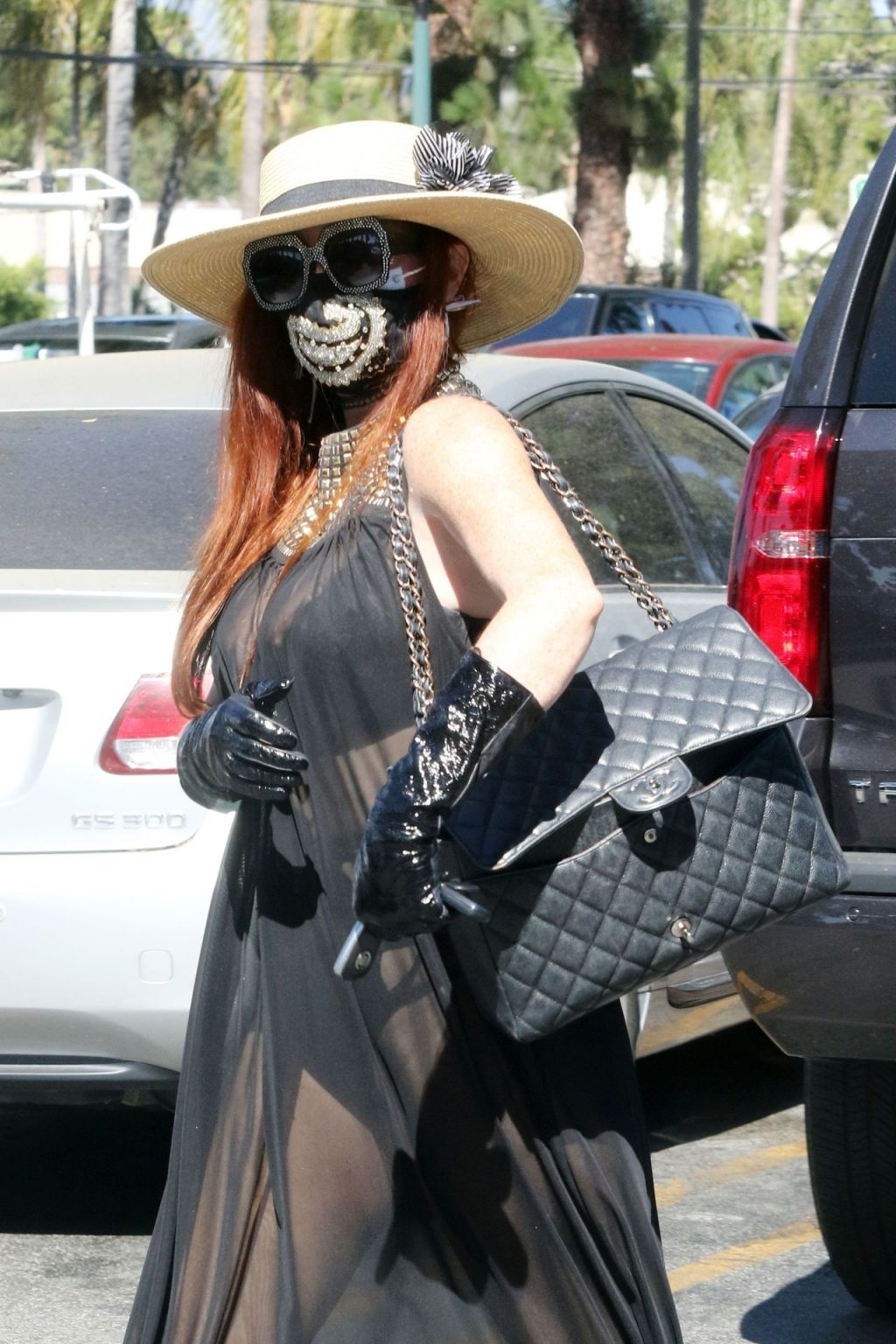 Phoebe Price Sports All Black at the Grocery Store (57 Photos)