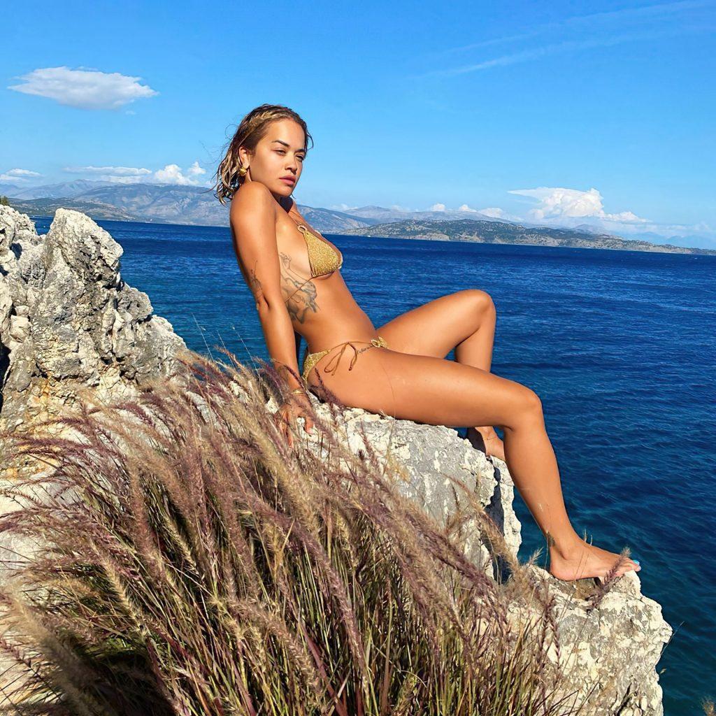 Rita Ora Shows Off Her Stunning Bikini Body (5 Photos)