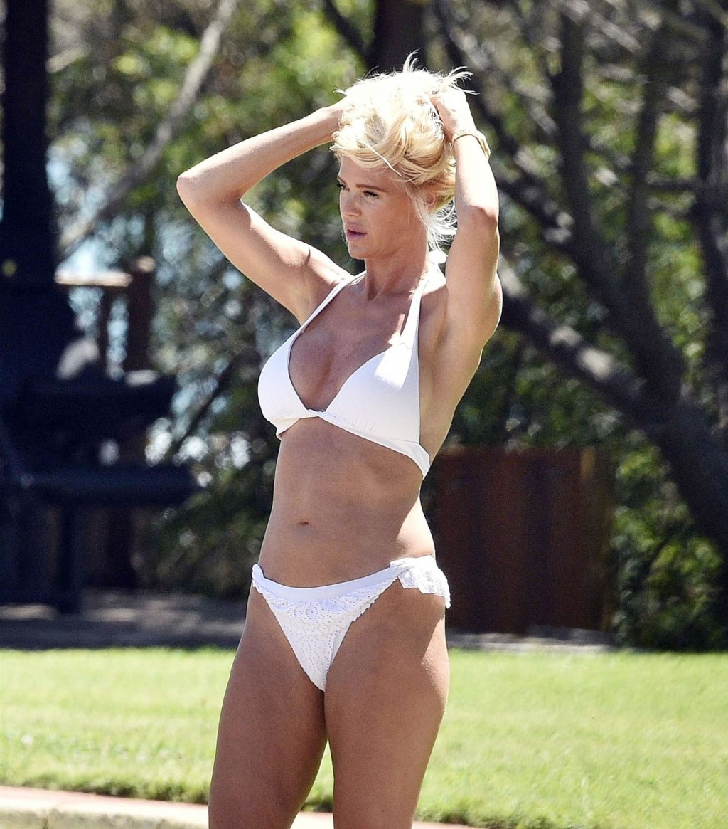 Victoria Silvstedt Shows Off Her Sexy Bikini Body in Italy (42 Photos)