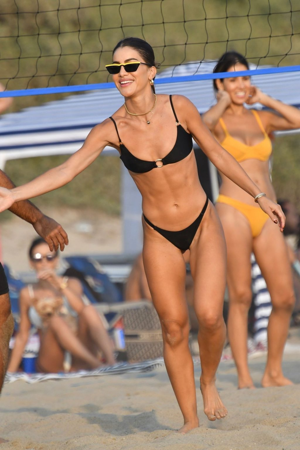 Camila Coelho Shows Off Her Fit Figure on the Beach in Santa Monica (63 Photos)