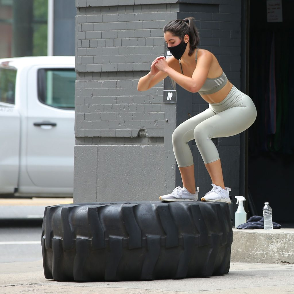 Paulina Vega Dieppa Shows Off Her Workout Chops at Dogpound Gym in NYC (17 Photos)