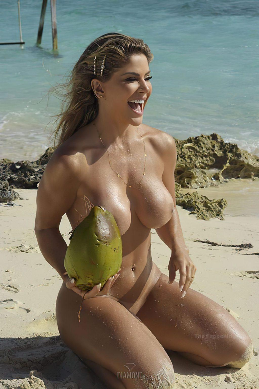 Bebé Maldonado Nude (17 Photos)