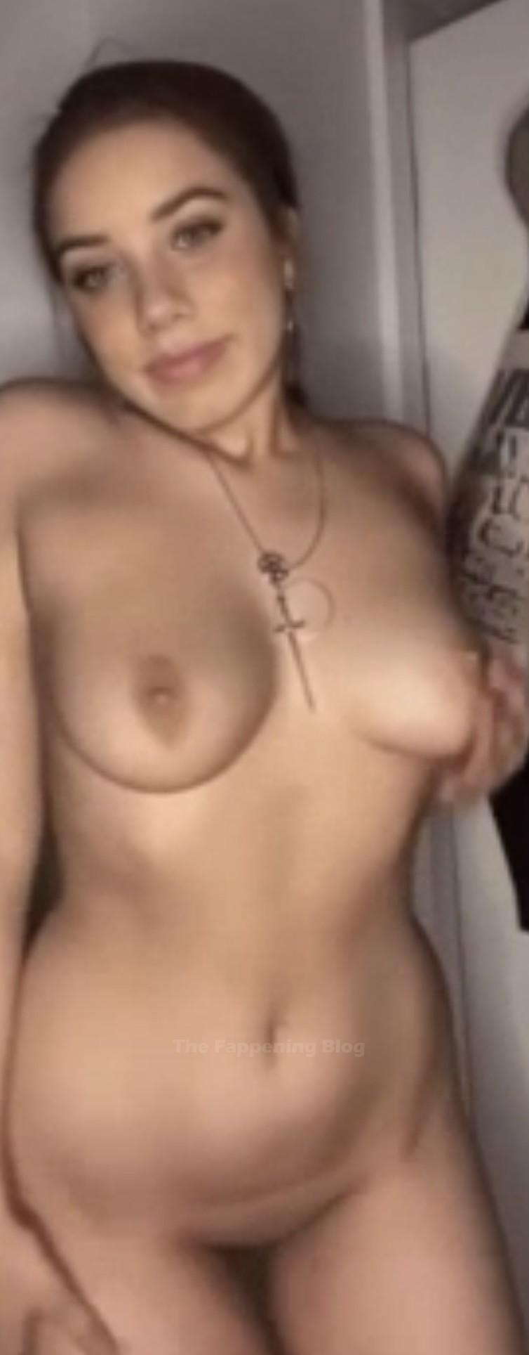 Belen Sisa Nude Leaked The Fappening (2 Photos)