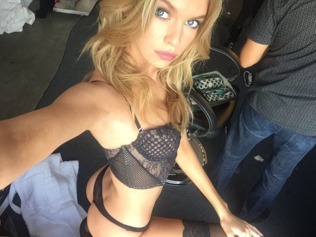 Stella Maxwell Nude Leaked The Fappening (73 Photos)