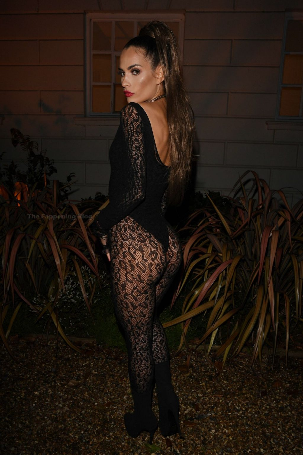 Nicole Bass Displays Her Sexy Figure in Essex (12 Photos)