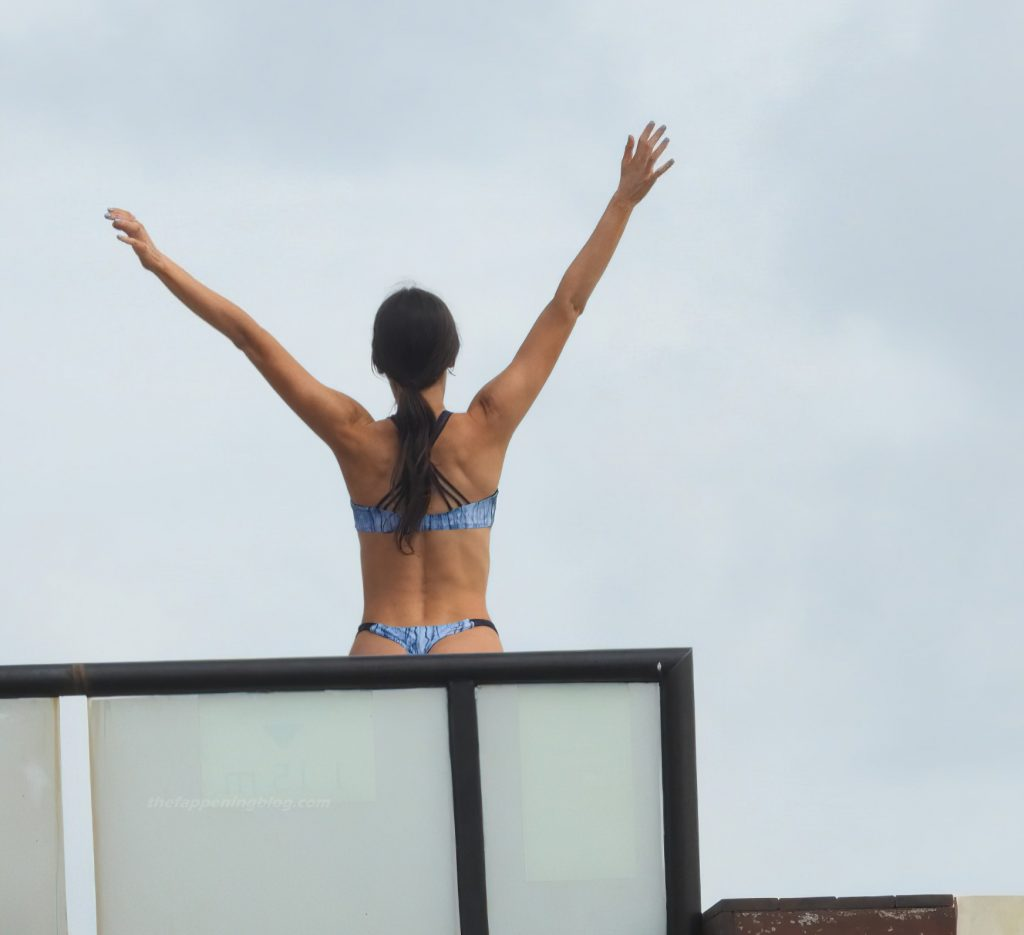 Jen Selter Gets in Shape During a Relaxing Break in Mexico (38 Photos)
