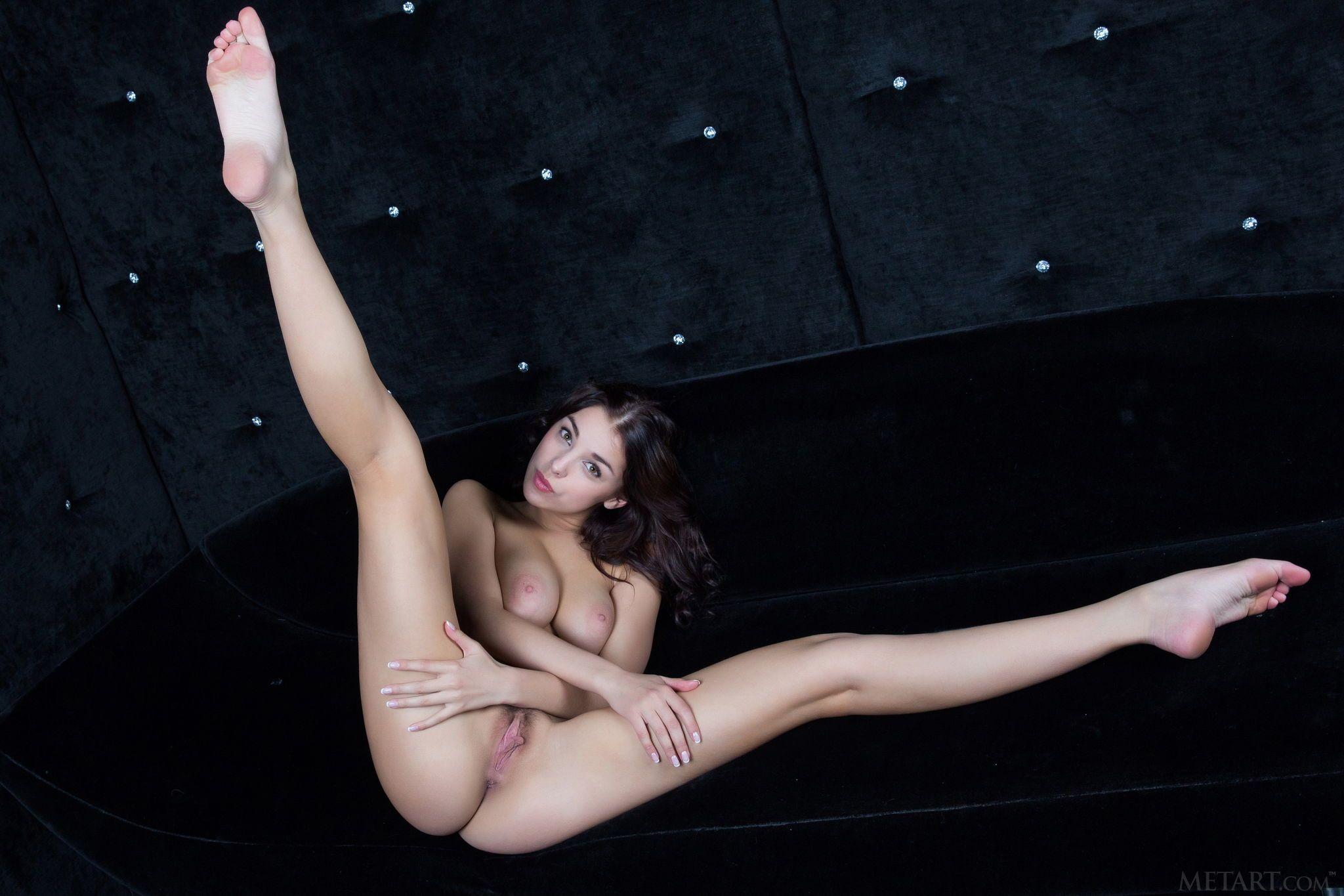 Nude pics of Evita Lim