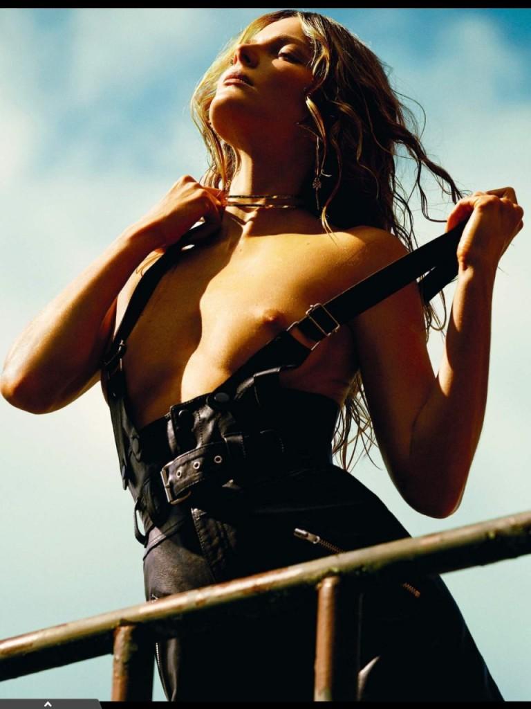 Eniko Mihalik Topless Photos