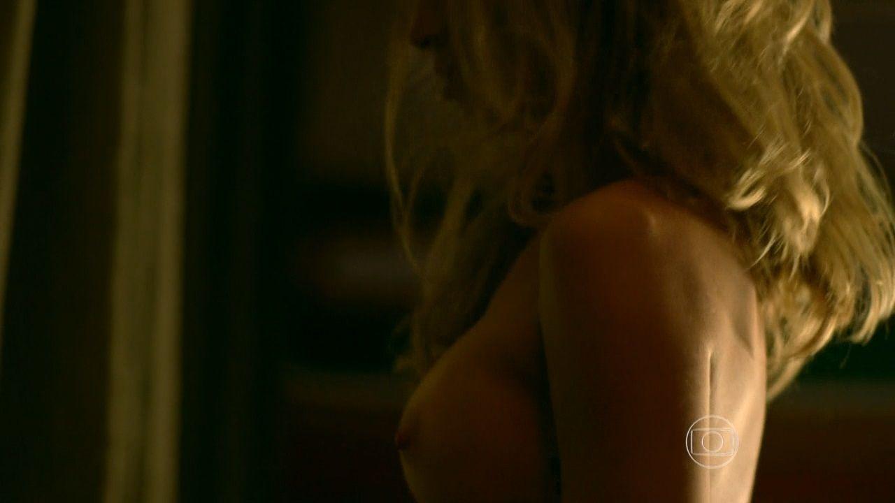 Grazi Massafera Topless pics