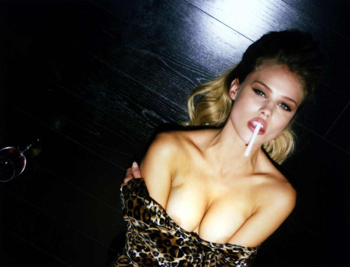 fotos de amanda fakes desnuda