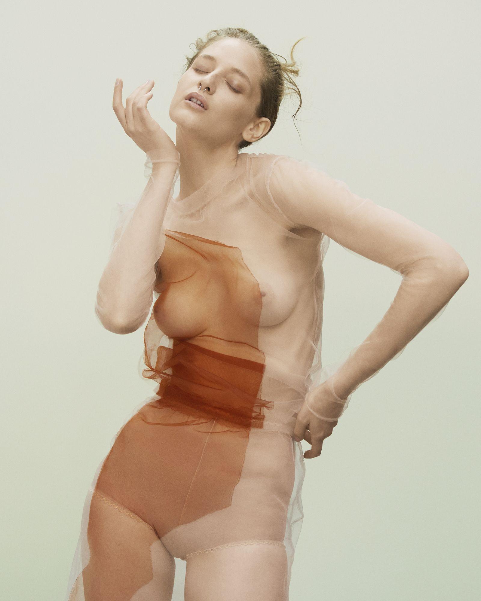 Sexy photos of Melina Gesto