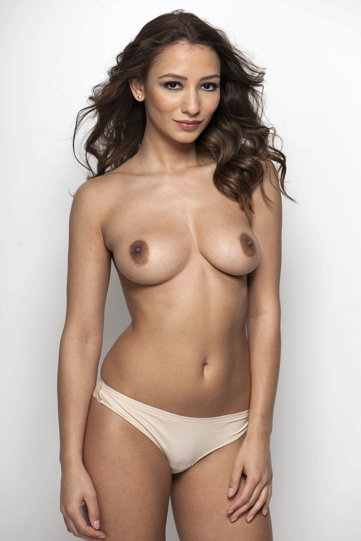 Nicola Paul Topless Pics
