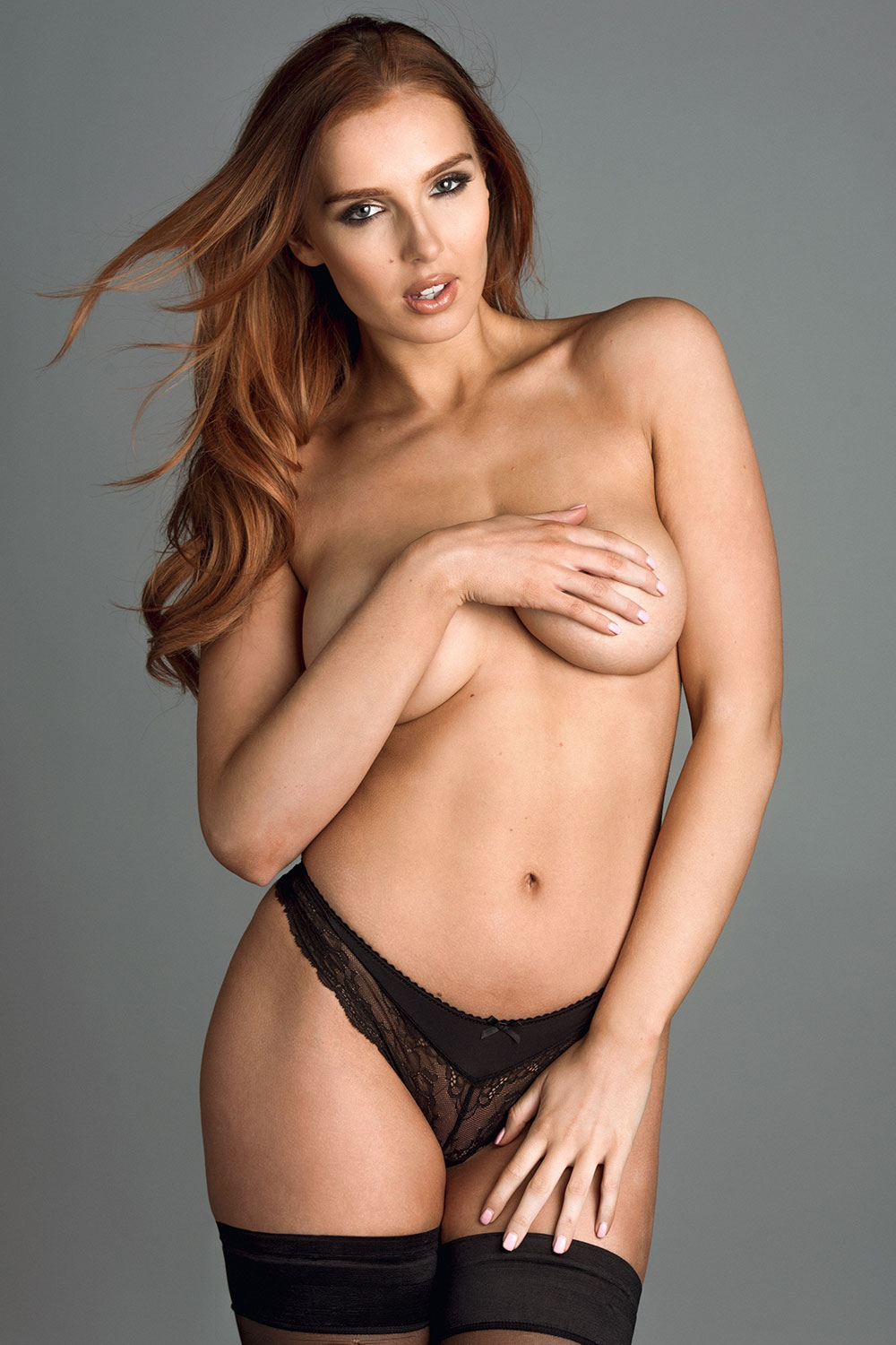 Topless photoshoot of Lissy Cunningham