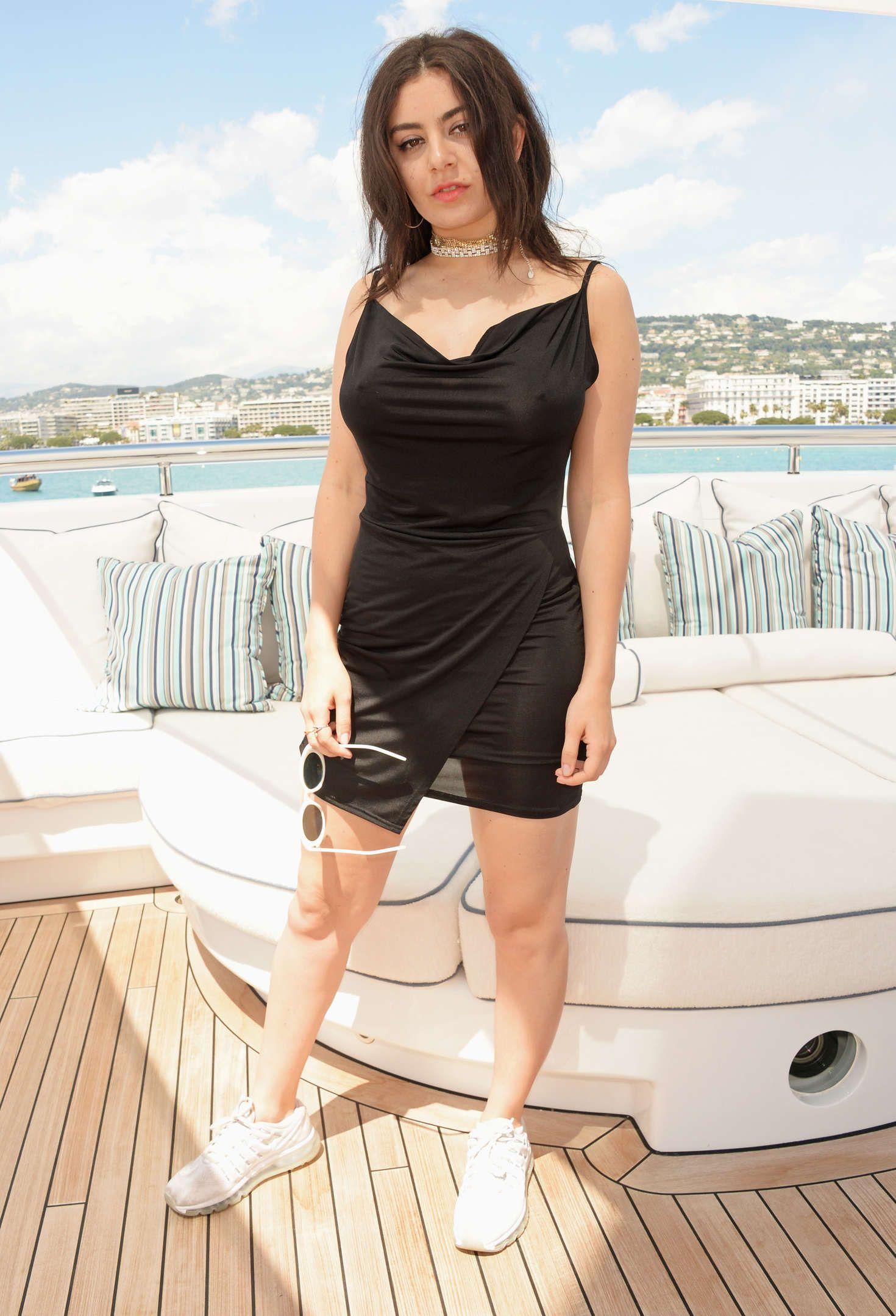 Sexy Pics of Charli XCX