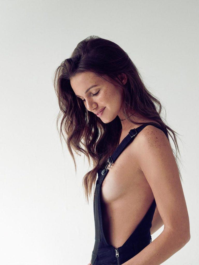 Hailey Outland Topless