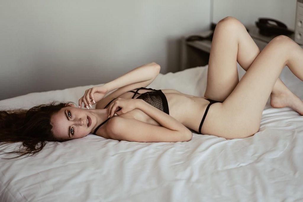 Tatiana Sassoye Sexy