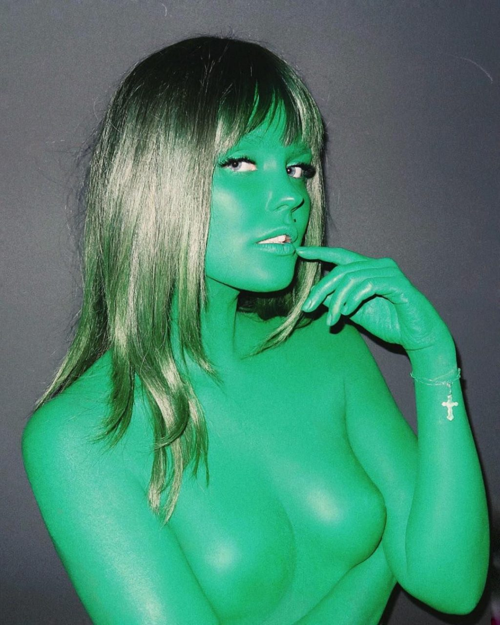 Bonnie Strange Nude