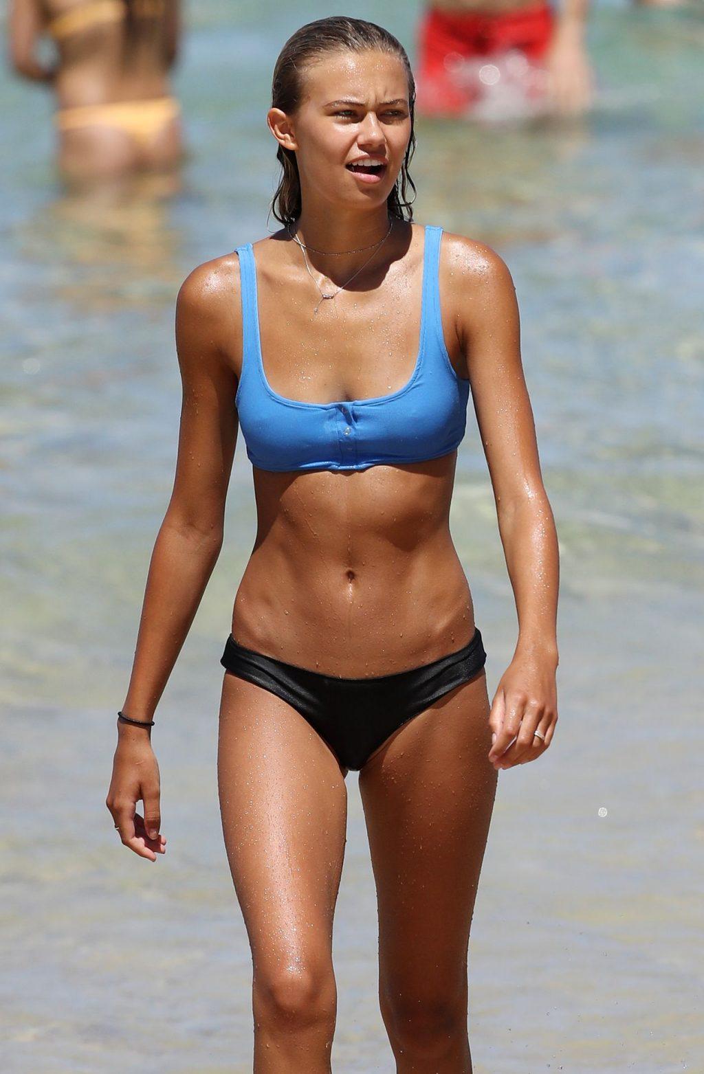 Lisa Clark & Elizabeth Jamrozy Bikini
