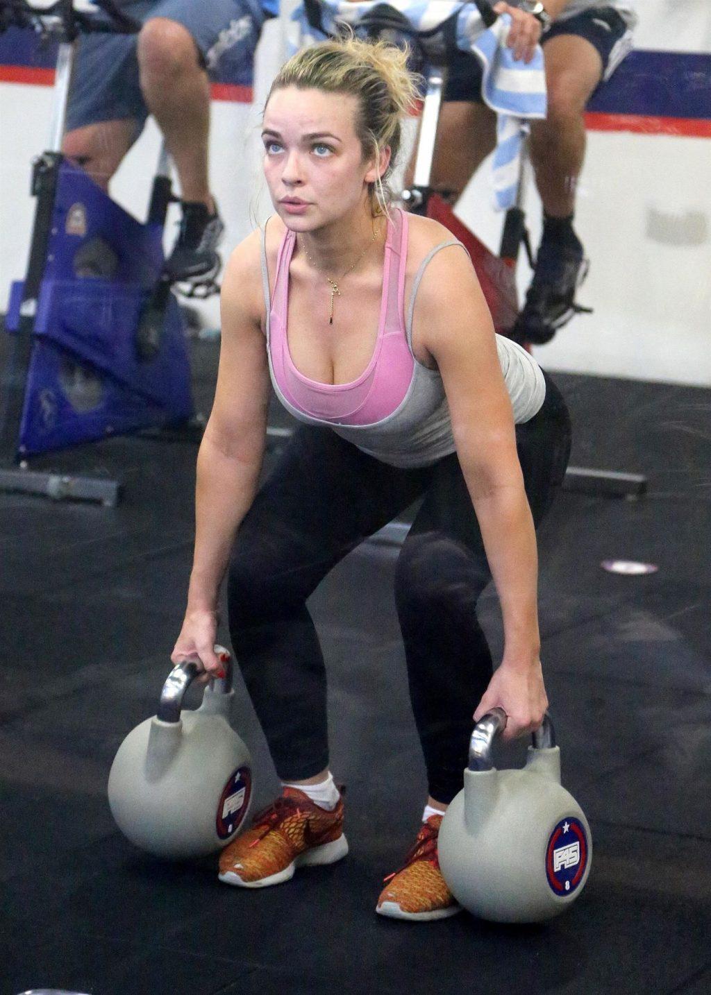 Abbie Chatfield Sexy