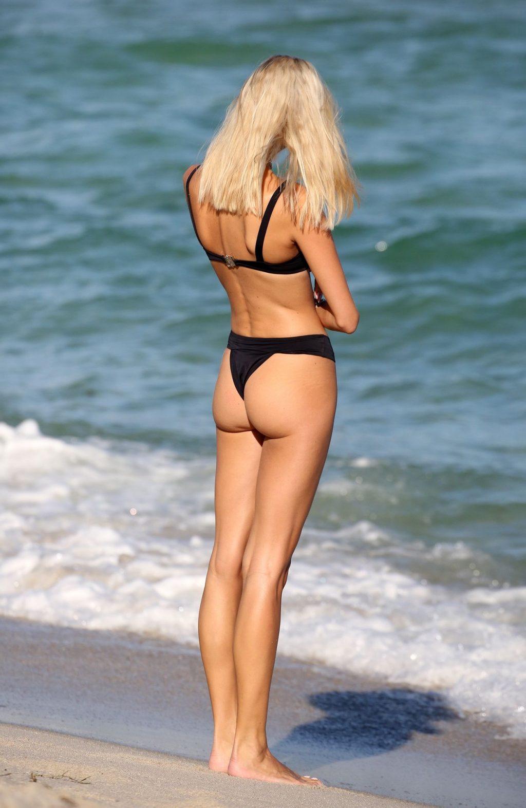 Devon Windsor Bikini