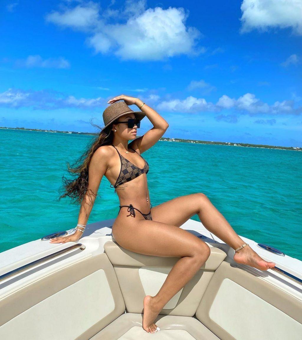 Jilly Anais Bikini