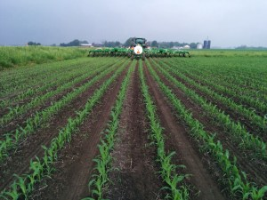 John Deere 2510H Anhydrous Ammonia Applicator via thefarmerslife.com