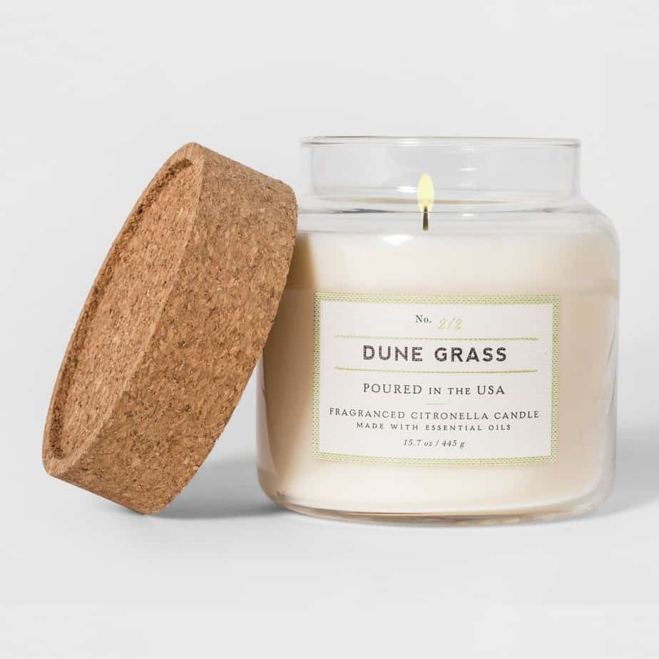 A Dune Grass fragrant candle.