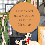 Staircase garland | How to decorate your stairs for Christmas!