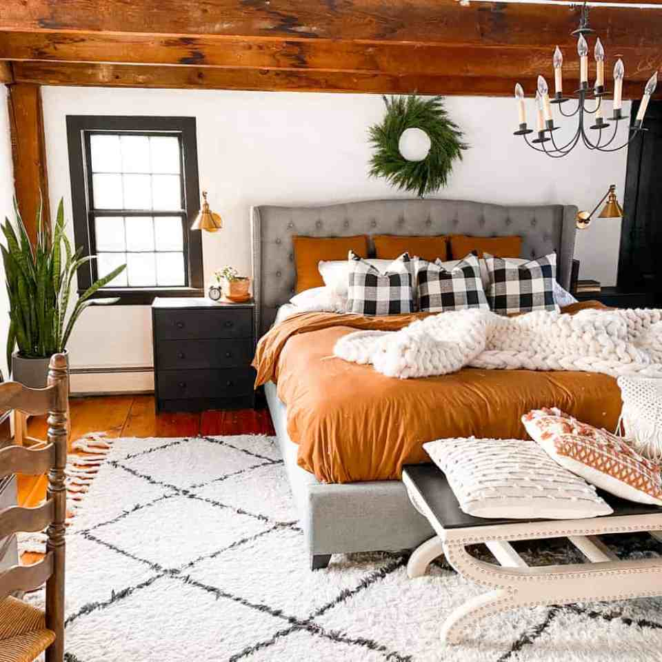 How to transition from Christmas decor to winter decor
