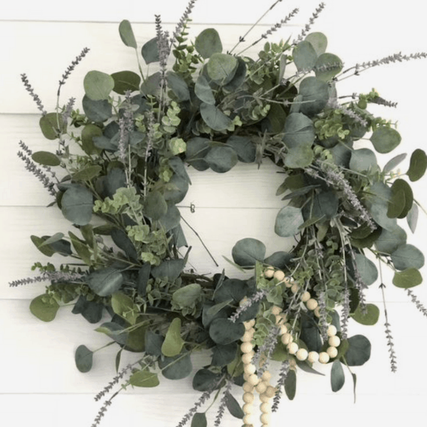 10 Rustic Farmhouse Wreaths For Your Front Door