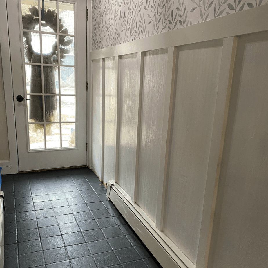 How to paint your ceramic floor tiles – what to do and not to do!