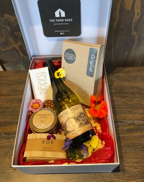 Farm Shed Indulge gift hamper