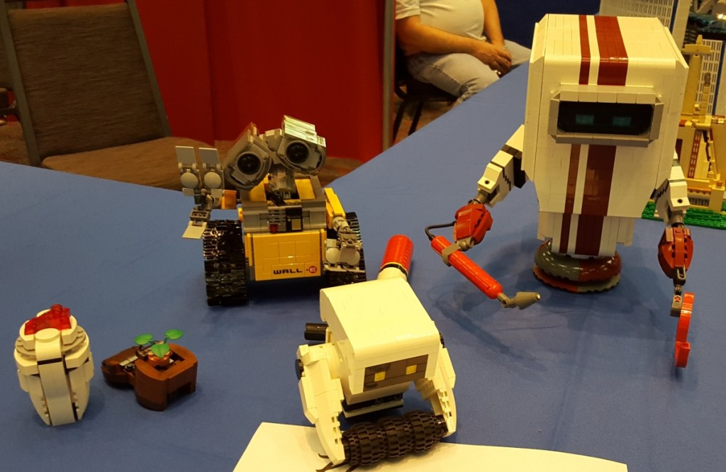 Lego Wall-E Characters