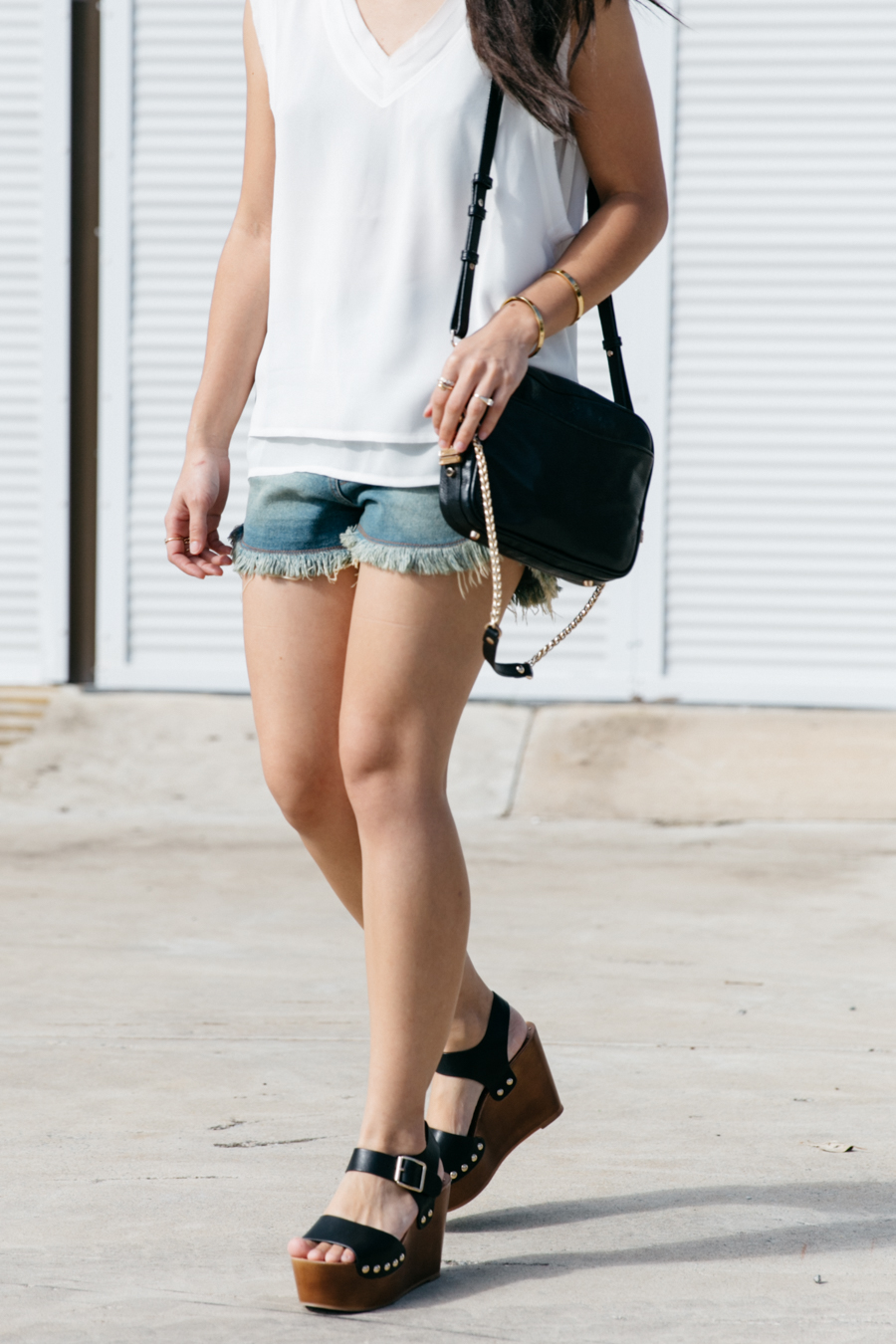 Australian summer style outfit.