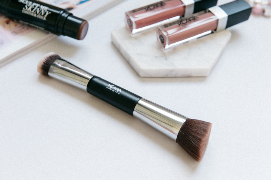 The best cream contour brush.