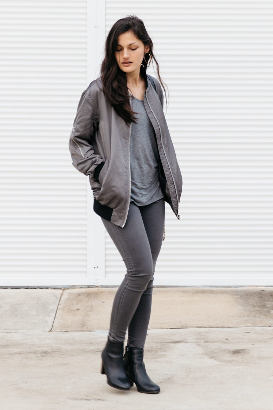 Grey bomber jacket outfit.