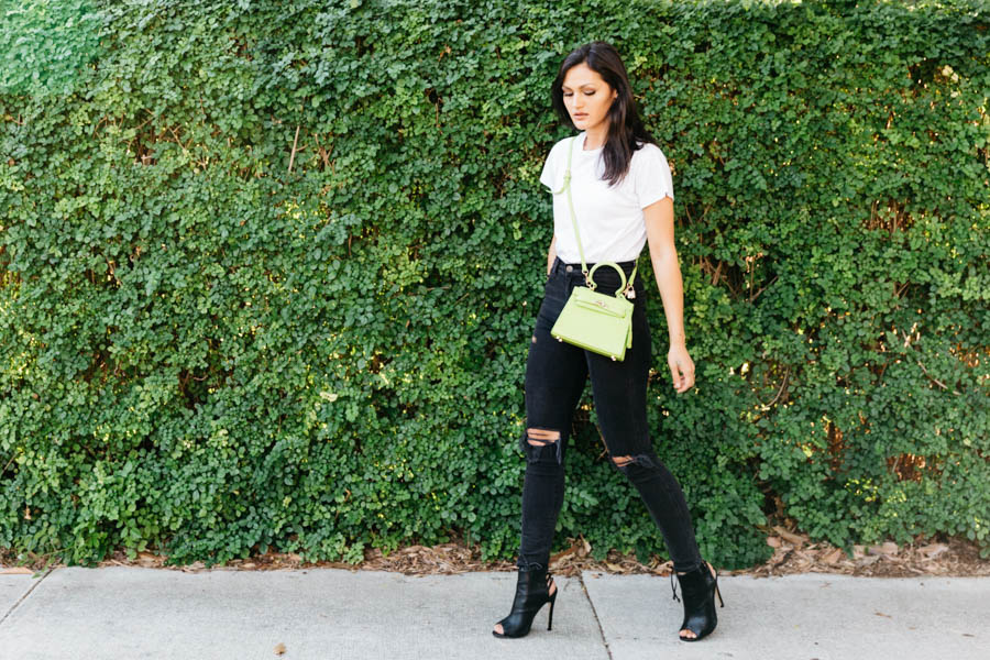 Casual sophistication outfit. Lime green handbag outfit.